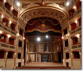 palcoscenico del teatro mercadante