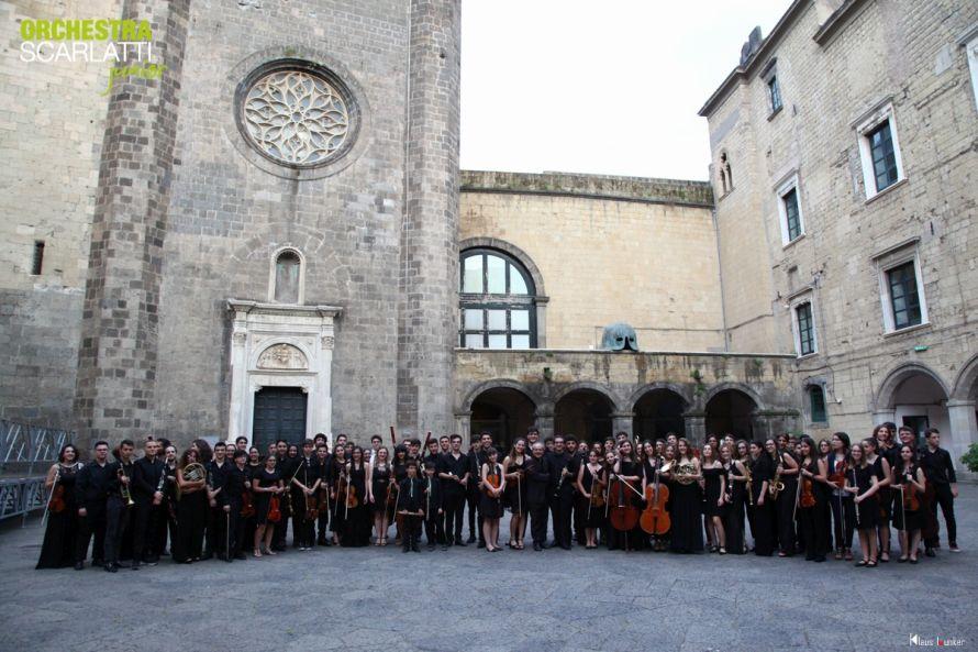 Orchestra Scarlatti nel cortile del Maschio Angioino