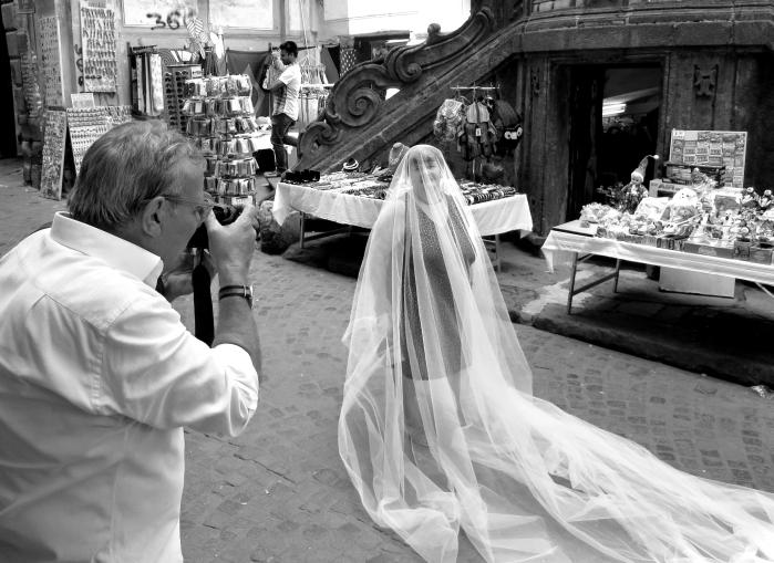Napoli Velata - Mostra fotografica di Oreste Pipolo
