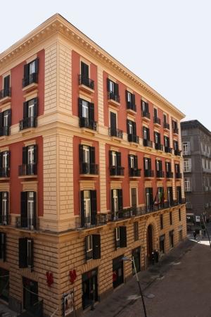 vista esterna del palazzo di via verdi