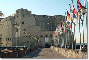 vista del castello dall'esterno