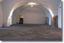 foto della sala senza allestimenti