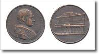 medaglia raffigurante papa Gregorio XVI e antico edificio.