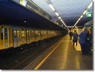 una stazione della metropolitana