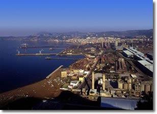 lo stabilimento Italsider visto dall'alto