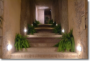 scalinata di ingresso alla sala Italia