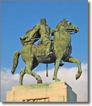 particolare del monumento equestre a Diaz