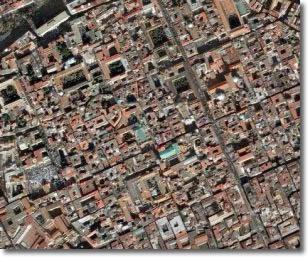 vista dal satellite del centro storico di Napoli