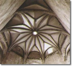 vault of the castle with eight arches