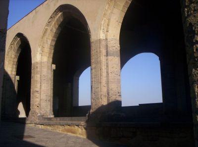 particolare delle mura interne del Castello