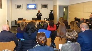 Un momento della presentazione del professor Ferraro
