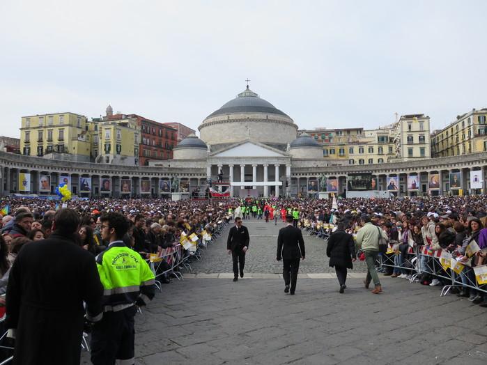 La celebrazione di Piazza del Plebiscito