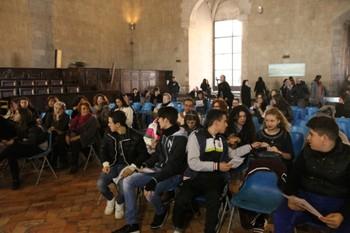 La sala dei Baroni prima dell'inizio del dibattito