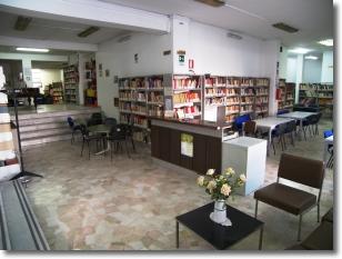 Biblioteca Francesco Flora