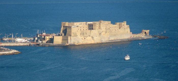 Castel dell'Ovo visto dall'alto