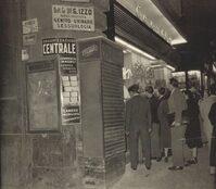 Foto storica di un negozio