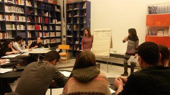 immagine della lezione di italiano con docenti e studenti