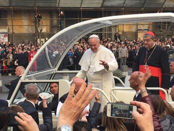 Il Papa al Duomo di Napoli