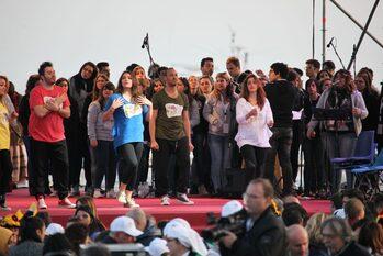 Il Papa con i giovani sul lungomare